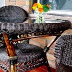 Шикарная плетёная мебель для улицы