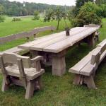 Набор массивной деревянной мебели
