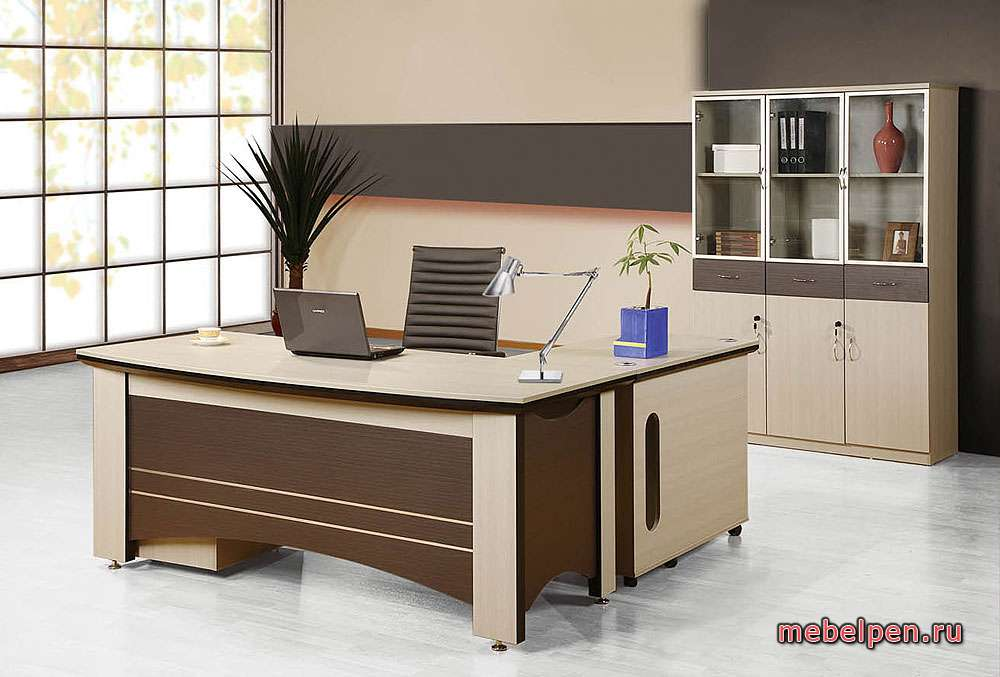Комплект офисного стола со шкафом для бумаг